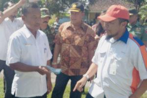 Kasrem 081DSJ Dampingi Dirjen PSP Kementan Tinjau Panen  Padi Di Pilangkenceng Kabupaten Madiun 1