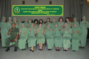 Pengarahan Ketua Persit KCK Koorcab Rem 081 PD VBrawijaya    Dalam Tatap Dengan Anggota Persit KCK Cabang XVII Kodim 0803Madiun   (1)