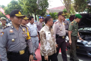 Sinergi Polri dan TNI serta Intansi Terkait Dalam Operasi  Ramadaniya  Semeru 2016 Di Pacitan 1