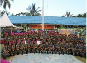 05 PENYERAHAN BINGKISAN LEBARAN PANGLIMA TNI OLEH (3)