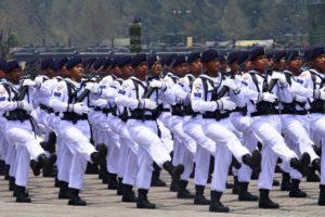 14 TNI AL BERI KESEMPATAN KEPADA PEMUDA MASUK MENJADI  TAMTAMA TNI AL (1)