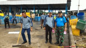 220716 Smg Bersi-bersih Pantai Demak-4