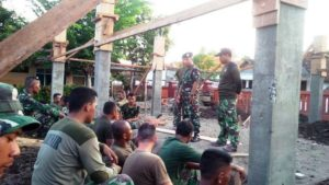 28 US NAVI DAN TNI AL MASIH LANJUTKAN PEMBANGUNAN SEKOLAH  (2)