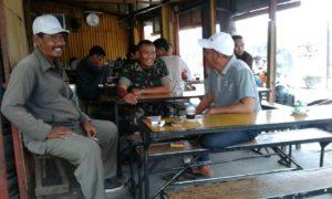 3. Babinsa Koramil Tandes  Komsos Bersama Masyarakat di Wilayah Tugas