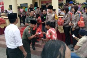 Letkol Inf Rachman Fikri, S.Sos Menghadiri Acara  Tasyakuran HUT Bhayangkara ke-70 (4)