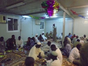 Pasukan Garuda Buka Puasa Bersama Masyarakat Sudan 5-7-16      (5)