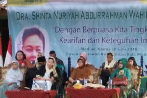 Safari Ramadhan 1437 H dan Acara Buka Puasa Bersama Dra.  Shinta Nuriyah Abdurrahman Wahid, M.Hum Di Yayasan Ibadurrahim Mithoriqul  Huda Ponorogo. 1