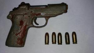 armed 12-dapat-pistol dan munisi (2)
