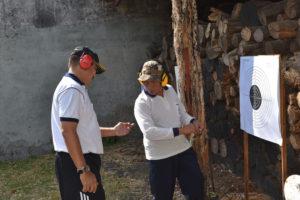 090816 Danlantamal  V  Mengikuti  Latihan  Menembak-4