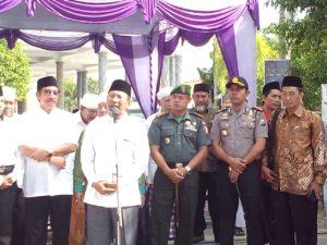 1. Dandim Menghadiri Pelepasan CJH Kabupaten Bangkalan Tahun 1437 H  2016 M h