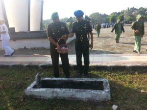 1. HUT Korem 084 BJ ke 50, Kodim 0829 Bangkalan Menggelar Ziarah dan Tabur Bunga 8