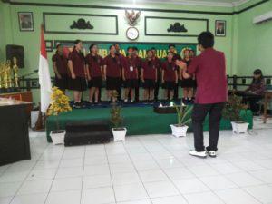 1. Komsos Kreatif Kodim 0830, SMA Stella Maris Raih Juara Baca Puisi dan Paduan Suara c