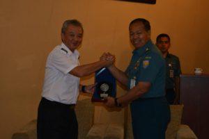 120816 Komandan RSS Persistance Sowan Ke Lantamal V-2