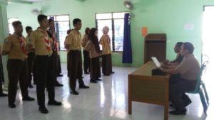 3. Babinsa Koramil Tandes, Latih SMK Darma Bahari Surabaya a