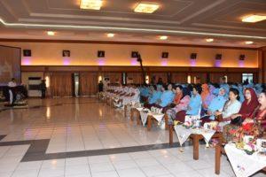 30 Pangarmatim dan ibu kdja hadiri (1)