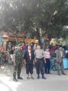 6. Danramil dan Babinsa Kwanyar Bangkalan, Jadi Juri Lomba Karnaval