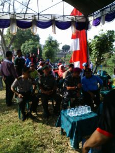 8. Kodim Bangkalan Bersama Lanal Batuporon Gelar Lomba Dayung Rubber Boat (2)
