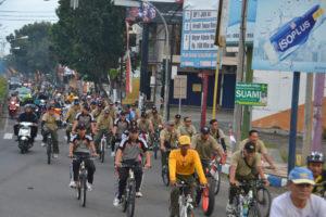 Gowes Bareng TNI, Polri dan Komponen Masyarakat (2)