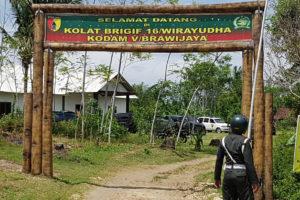 KASDAM V.BAWIJAYA TINJAU ASET TNI-AD DI PERKEBUNAN  KALIGENTONG TULUNGAGUNG 1 5