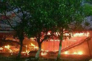 Kios Dan Rumah Di Jalan Ahmad Yani Kertosono Ludes Dilalap  Si Jago Merah 1