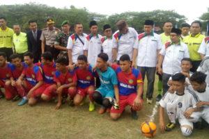 Menpora RI Membuka Turnamen Sepak Bola  Piala Bupati  Ponorogo Liga Santri Nusantara Region Jatim I Di Ponorogo 3