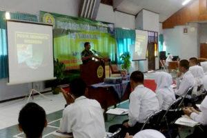 Pabung Kodim 0803Madiun Berikan Wawasan Kebangsaan  Mahasiswa Baru Akper dr. Soedono Madiun 2