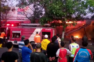 Pasar Wage Jl. A Yani Nganjuk Tadi Pagi Terbakar 3  (4)