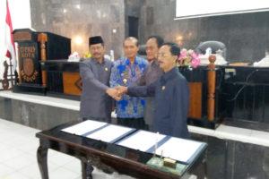 Rapat Paripurna  dan Pengambilan Keputusan Penyampaian  Pendapat Fraksi-Fraksi DPRD Kota Madiun 2