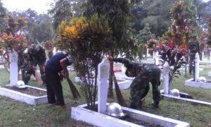 TNI-POLRI DAN MASYARAKAT KERJA BAKTI BERSAMA 3