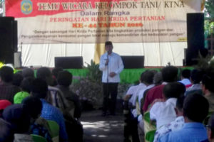 Temu Wicara Kelompok TaniKTNA Tingkat Kabupaten Nganjuk  dan  Pembukaan Pameran Produk Unggulan Pertanian 4