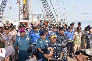 10-pangarmatim-lepas-pelayaran-asean-cadet-sail-2016-3