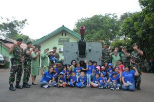 12. Pal Kostrad terima TK Highscope Indonesia 6-9-16    (2)
