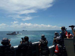 14-pangkogasfib-tinjau-latihan-armada-jaya-xxxiv2016-di-laut