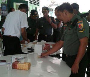 2-puluhan-anggota-kodim-0830-surabaya-utara-ikuti-sosialisasi-p4gn-dan-tes-urine-c