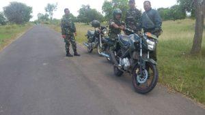 7. Danramil Labang Ajak Babinsanya Melaksanakan Patroli Daerah Rawan
