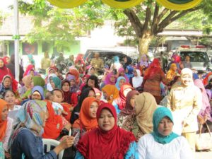 antusias-masyarakat-kb-gratis-di-kodim-0814-jombang-1