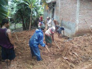 cilacap-diguyur-hujan-beberapa-wilayah-terendam-banjir-tanah-longsor-4