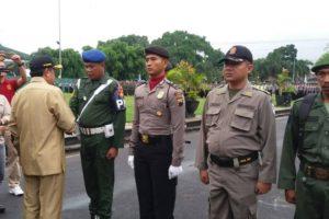 jelang-pilkada-pemkab-cilacap-gelar-pasukan-ops-mantap-praja-bumi-wijayakusuma-1