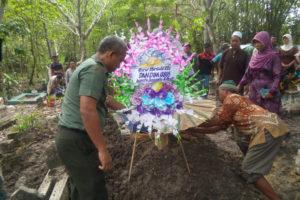 Pemakaman PNS Suyanto (2)