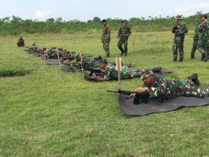 tingkatkan-kemampuan-prajurit-kodim-bangkalan-gelar-latihan-menembak