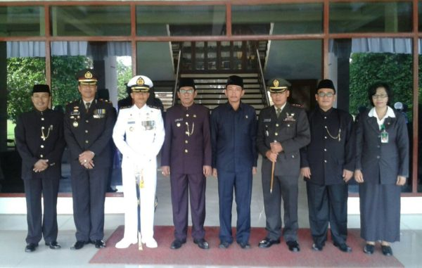 1-personel-kodim-0829-bangkalan-hadiri-upacara-hari-jadi-ke-485-kabupaten-bangkalan-a