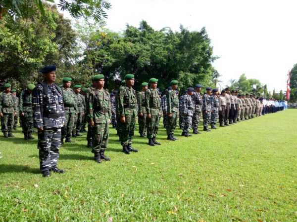 1-personel-kodim-0829-bangkalan-hadiri-upacara-hari-jadi-ke-485-kabupaten-bangkalan-d