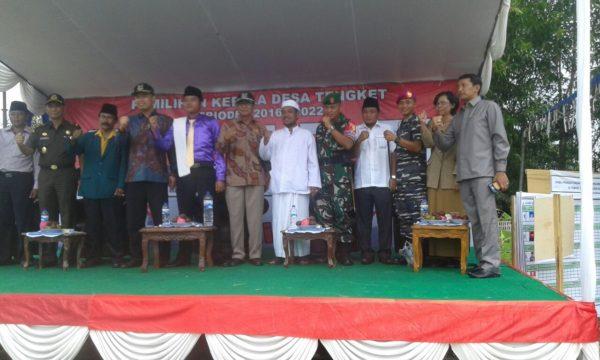 15-kunjungi-tps-dandim-0829-dan-forpimda-bangkalan-pantau-pelaksanaan-pilkades-serentak-a
