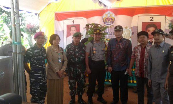 15-kunjungi-tps-dandim-0829-dan-forpimda-bangkalan-pantau-pelaksanaan-pilkades-serentak-b