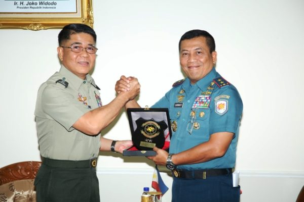 26-courtesy-call-emc-commander-di-koarmatim-3