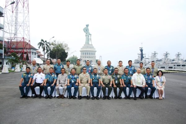 26-courtesy-call-emc-commander-di-koarmatim-4