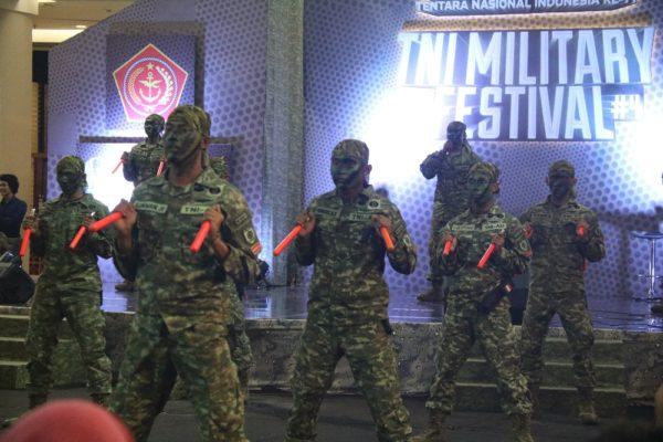 64-divisi-infanteri-2-kostrad-ikuti-pameran-tni-military-festival-5