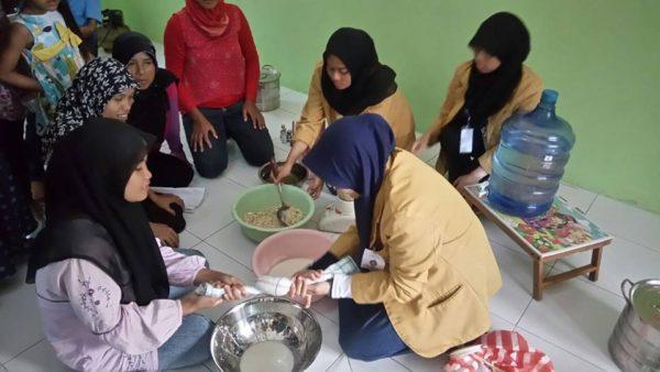 kehadiran-mahasiswa-unsoed-banyak-memberi-manfaat-bagi-warga-desa-mekarsari-1