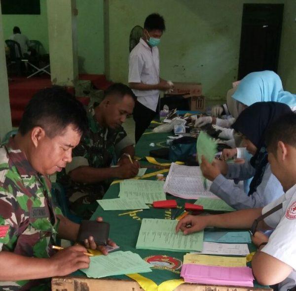 1-hut-kodam-v-brawijaya-dan-hjk-kodim-bersama-pmi-bangkalan-gelar-donor-darah-b