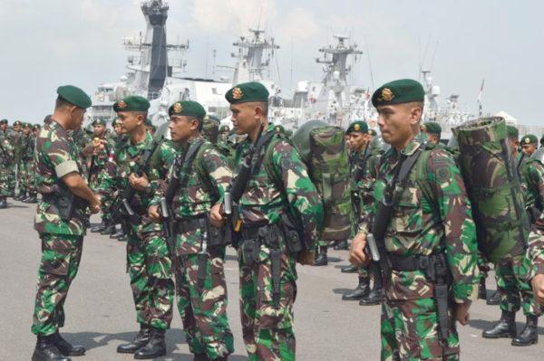 10-yonif-pr-502-kostrad-siap-menjaga-perbatasan-ri-malaysia-6